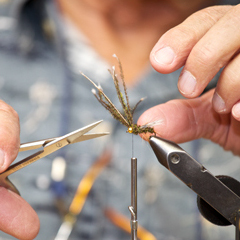 scots-sporting-goods-fly-tying3